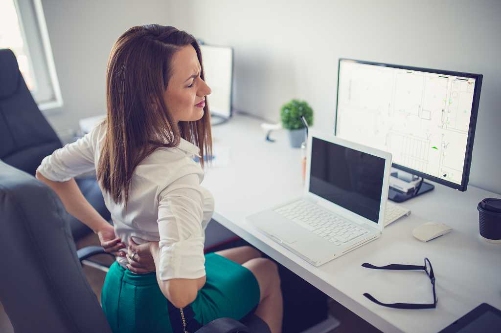 Bei geringeren Gesundheitsgefahren müssen Arbeitgeber ihren Mitarbeitern Angebotsuntersuchungen anbieten.